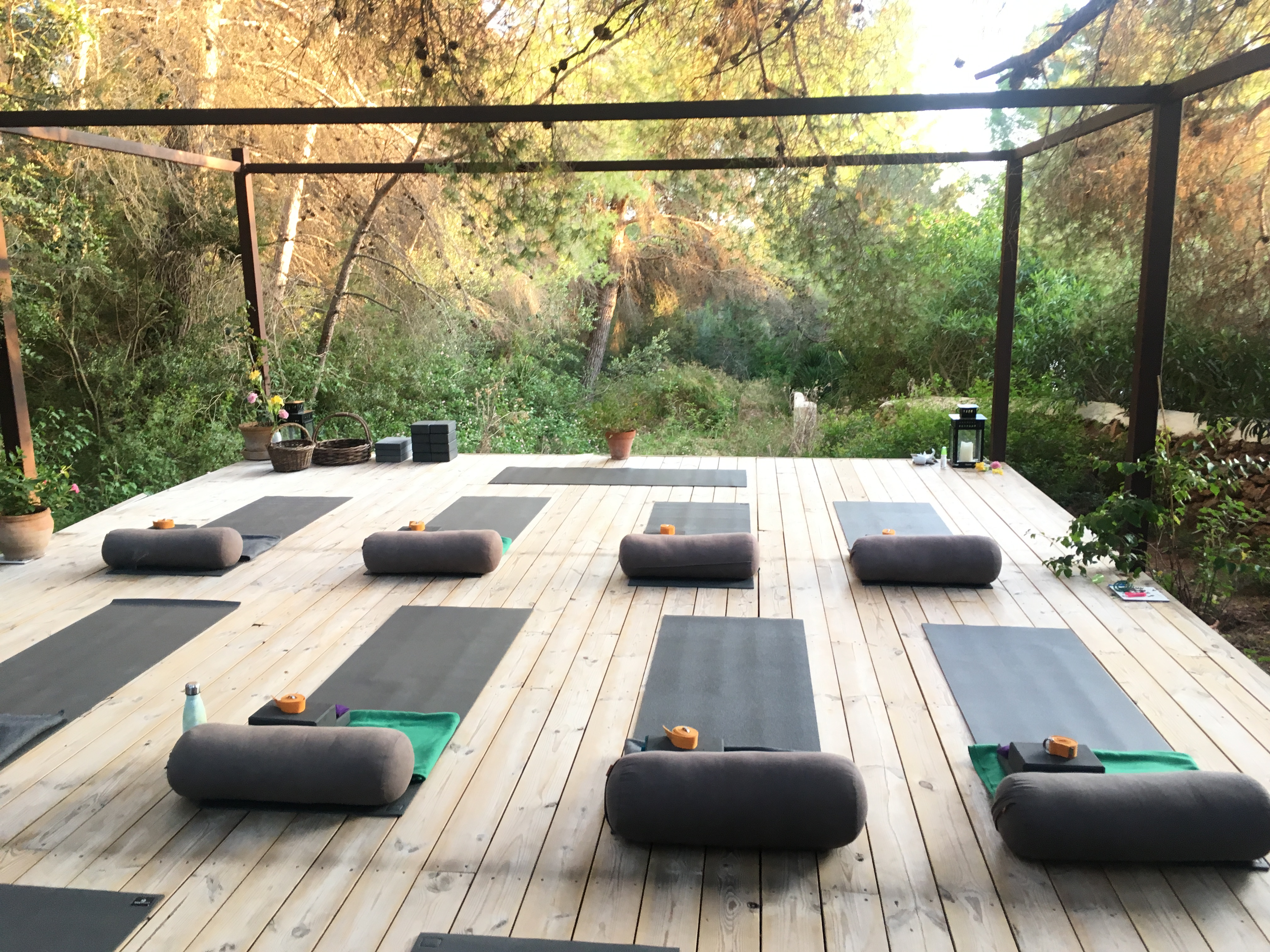 Yin Training Yoga Deck Can Bueno Ibiza