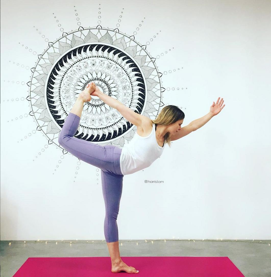 Flow & Move Yoga